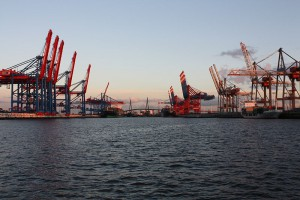 800px-HamburgHanseboot2012_46