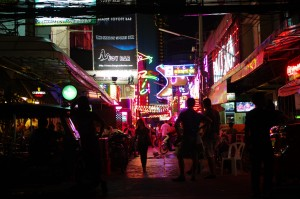 FOTO 8 - Soi Cowboy_Wry2010_Creative Commons2
